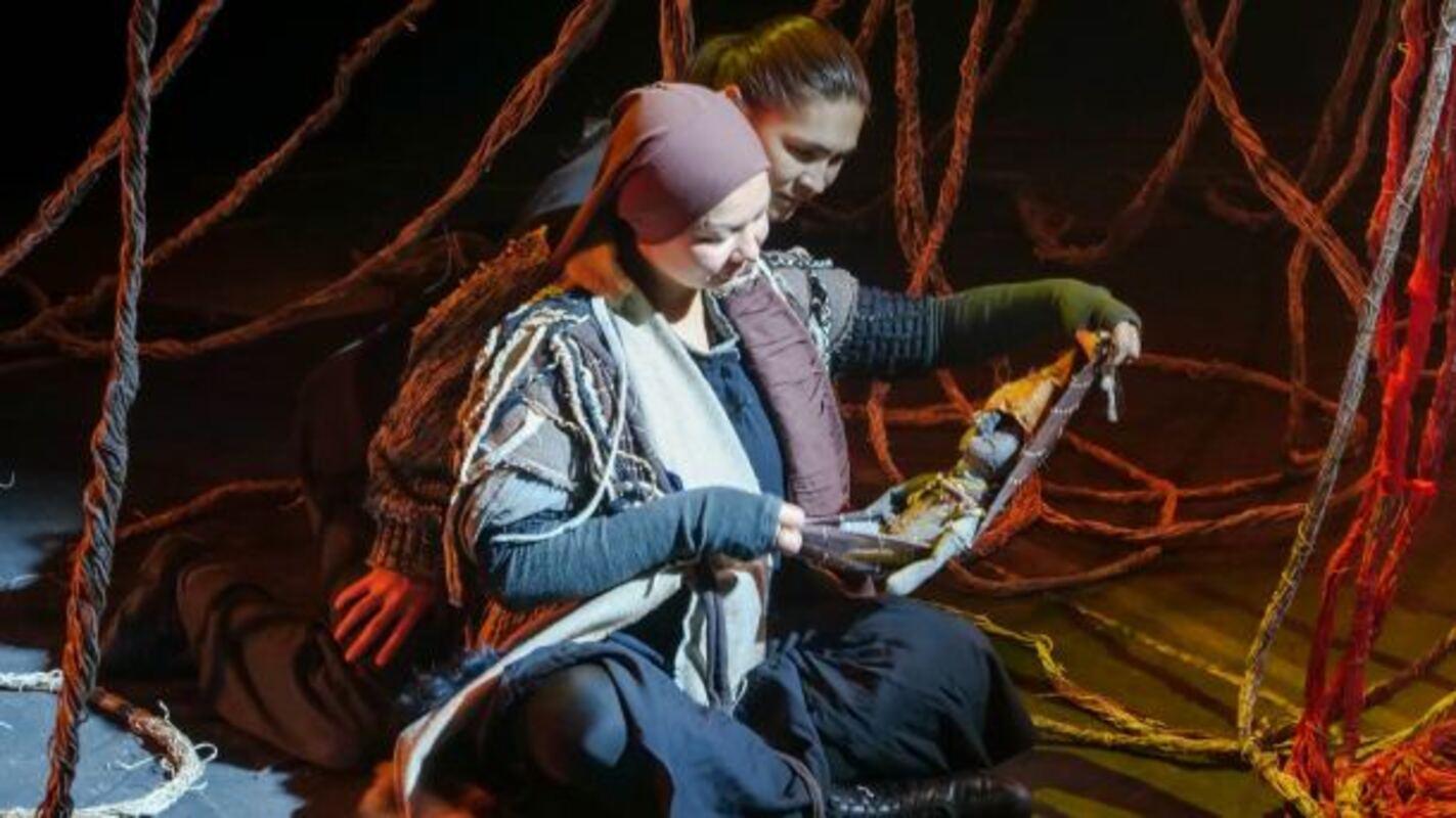 Театр обско-угрских народов «Солнце» порадовал премьерой спектакля